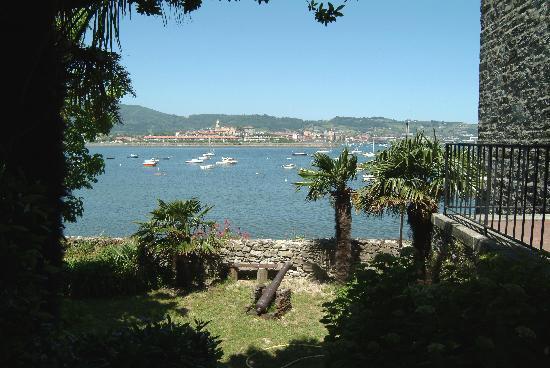 Hendaye, France: Vue depuis le port de Caneta