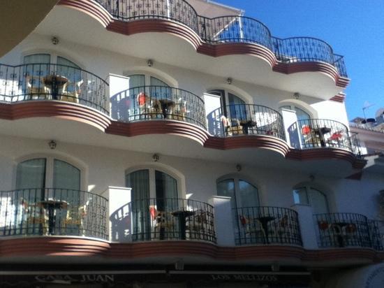 Vue sur la rue picture of apartamentos plazamar torremolinos tripadvisor - Tripadvisor apartamentos ...