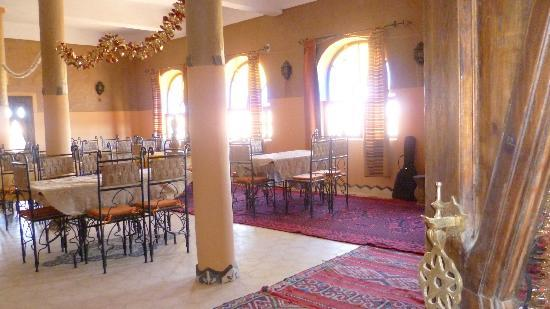 Auberge Takojt: Restaurant avec cuisine marocaine berbère