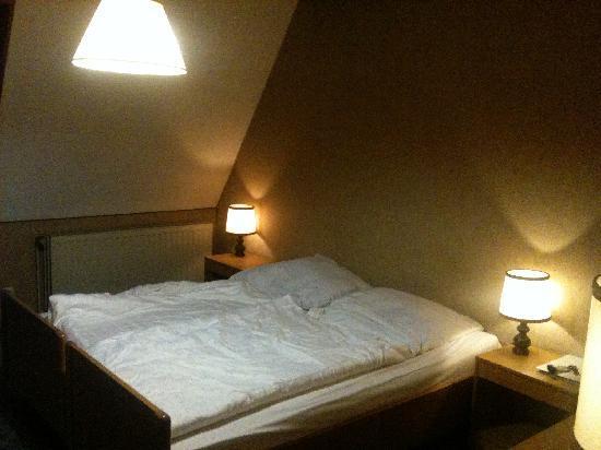 Hotel Tivoli: Zimmer