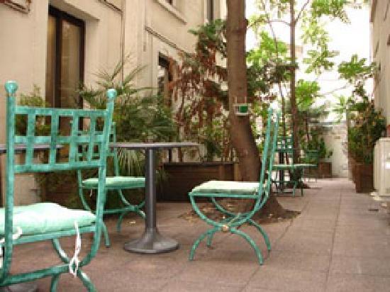 Hotel les Hauts de Passy: Jardin de l'hotel