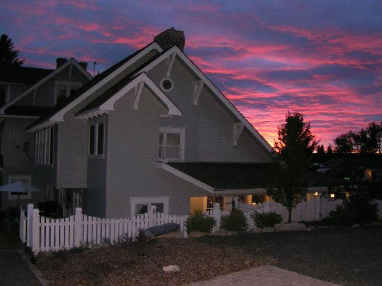 1910 Historic Enterprise House Bed & Breakfast: Late Summer Sky Behind The Bed & Breakfast
