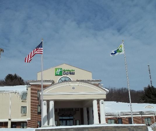 Holiday Inn Express Meadville: Newly Renovated