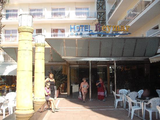Reymar Hotel: entrance