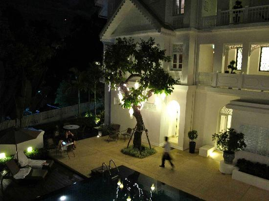 Ping Nakara Boutique Hotel & Spa: Ping Nakara pook at night