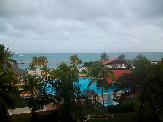 Brisas Guardalavaca Hotel: View from Our Balcony