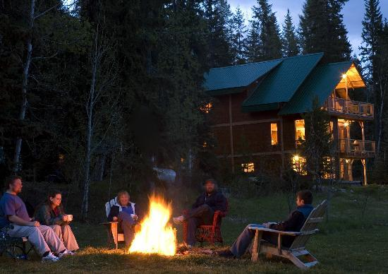 'eh' Canadian Lodge: Get a way and enjoy yourself.
