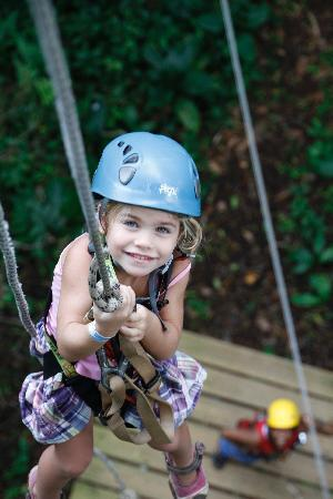 Bastimentos Sky Zipline Canopy Tour: Little girl power!