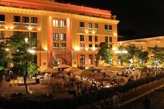 Hotel Charleston Santa Teresa Front Entrance And Restaurant At Night