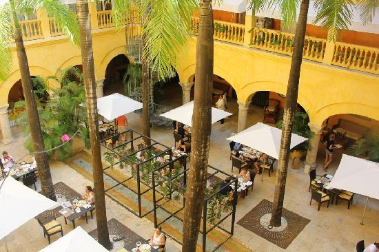 Charleston Cartagena Hotel Santa Teresa : Courtyard