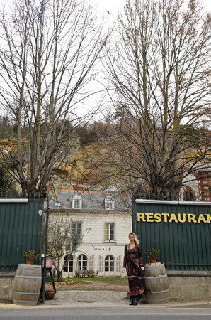 Restaurant Au Val Saint Roch: Voici l'entrée du restaurant en hiver