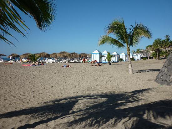 Gran Tacande Wellness & Relax Costa Adeje: Playa frente al Hotel (25 Dic.)