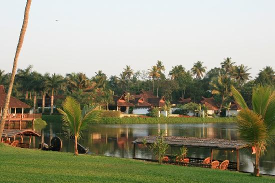 Kumarakom Lake Resort: Pool Suiten