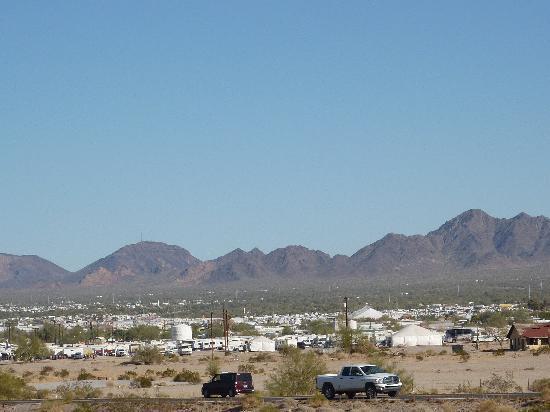 Quartzsite, AZ : As far as the eye can see