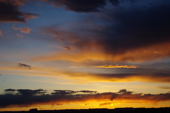 Canyonlands Needles Outpost : sunset seen from campground