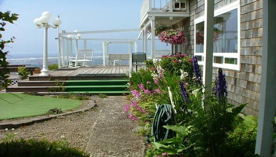 Cliff House Bed & Breakfast: Welcome to the Cliff House