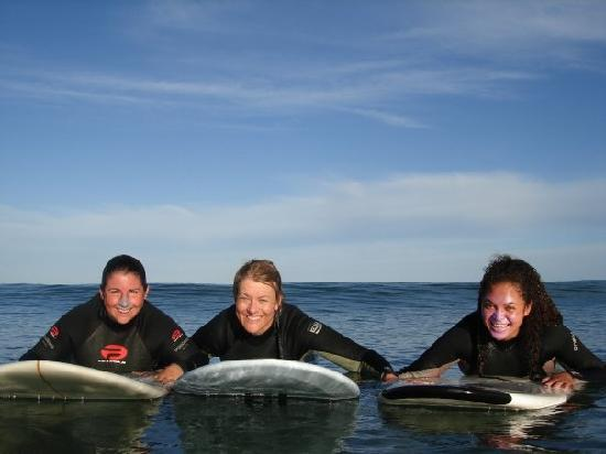 Rapu: Surfing Girls, New Zealand Surf 'n' Snow Tours