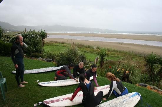 Rapu: New Zealand Surf 'n' Snow Tours Five Day Tour, Ahipara, Northland