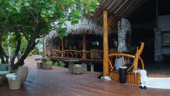Tikehau Ninamu Resort : main building
