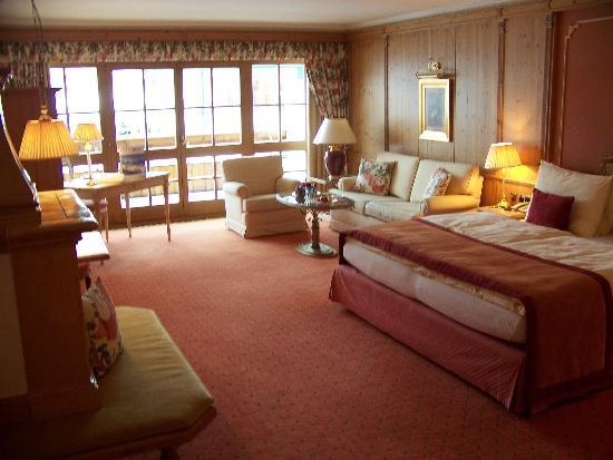 Hotel Salzburgerhof: Chambre - suite