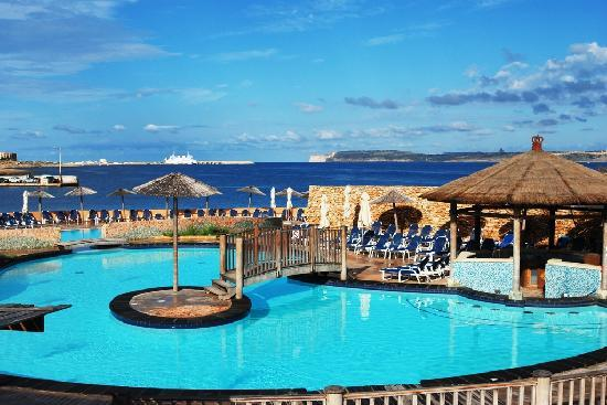 Ramla Bay's schwimmbad - Picture of Ramla Bay Resort ...
