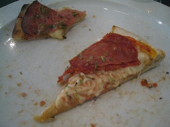 Leiria, Portugal : spaghetti pizza ;P