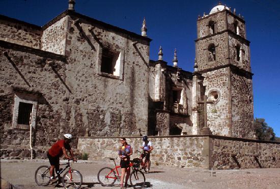 Paddling South: San Javier Mission
