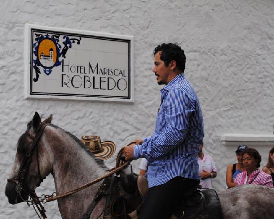 Hotel Mariscal Robledo: Actor de Hollywood, John Legizamo en el hotel.