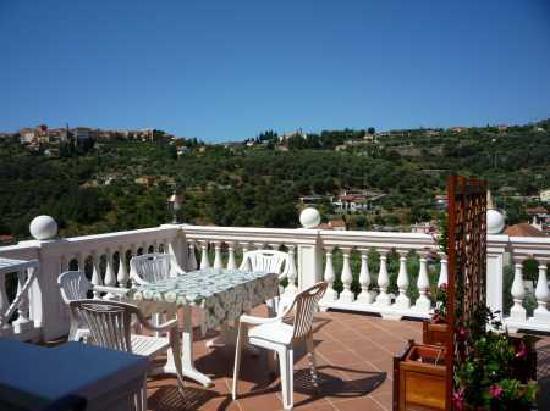Azienda Agrituristica Bellavista: terrazza soleggiata
