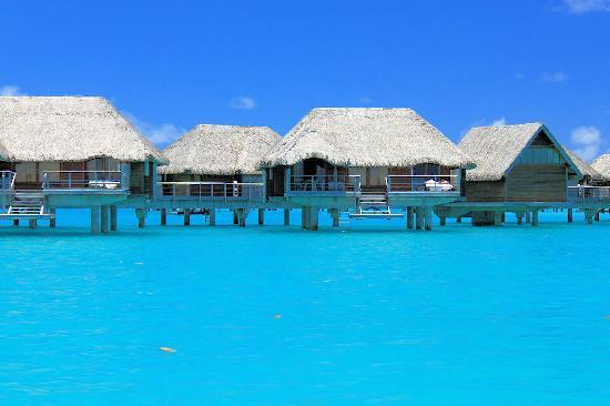 Four Seasons Resort Bora Bora: Overwater Rooms
