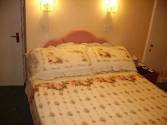 Glendevon Bed & Breakfast: Double Room