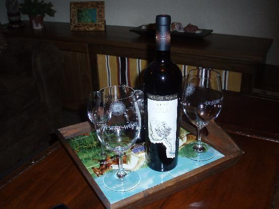 Inn at Desert Wind Winery: Evening complimentary wine