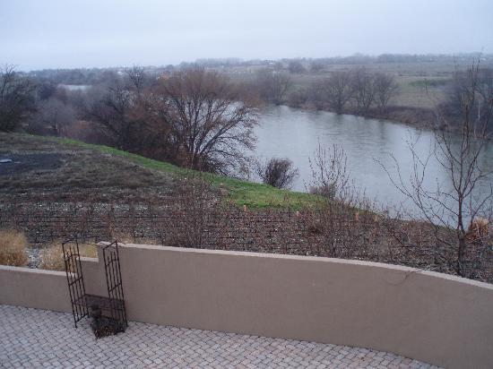 Inn at Desert Wind Winery: Winter view of Yakima River