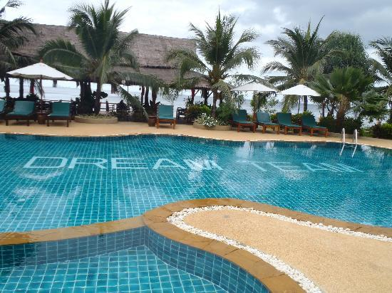 Dream Team Beach Resort: Pool