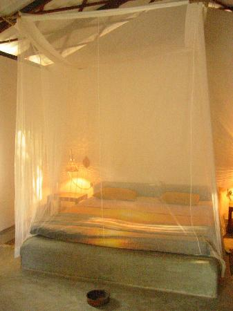 Surya Garden Guesthouse: Our bed