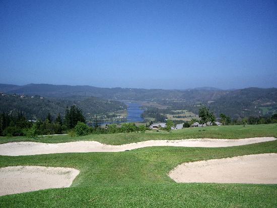 Brenton Beach House: golf