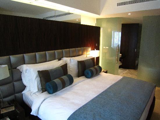 Bonnington Jumeirah Lakes Towers : Bedroom