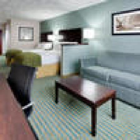 Holiday Inn Express and Suites Smithfield - Providence: Double