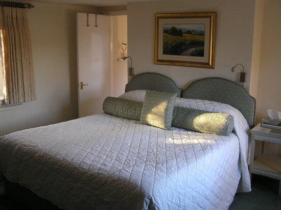 The Beetle & Wedge Boathouse: Room 1