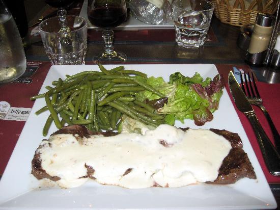 Cafe Leffe Lourdes : Steak Roquefort