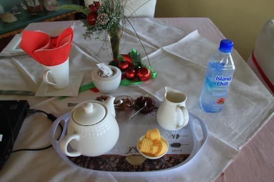 Nuku'alofa, Tonga : breakfast