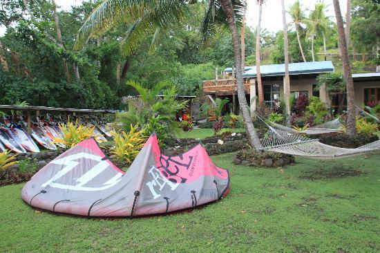 Safari Island Lodge: garden
