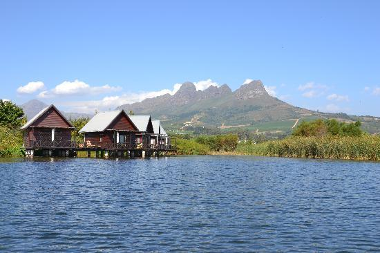 Papyrus Lodge: Your chalets on the lake