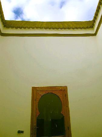 Lost in Marrakech : Morrocan style door