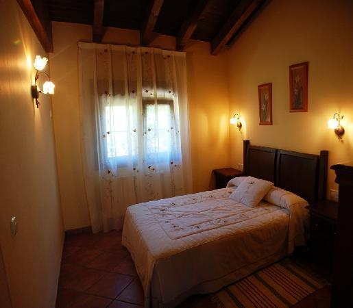 Apartamentos rurales El Pedrayu : Habitación