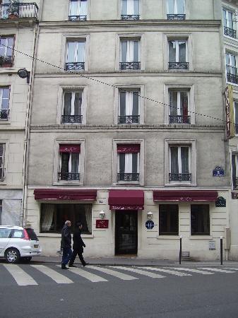 Facciata  Photo De Hotel Du Mont Dore Paris  Tripadvisor