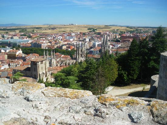 Castillo de Burgos: View over Burgos from the castle