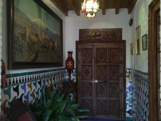 Aljibe del Albayzin: Entrada