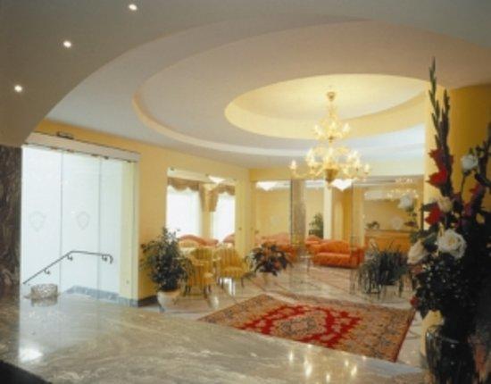 Hotel Zi Teresa: Hall Zi Teresa