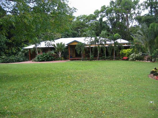 Hibiscus Lodge
